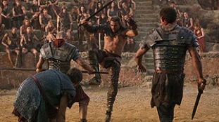 Spartacus: Blood and Sand 03x09 : The Dead and the Dying- Seriesaddict